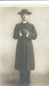 Vesta Tilley, vicar